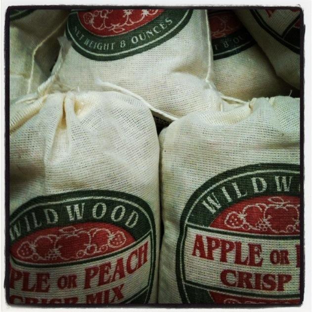 apple crisp and kutchen holidays2