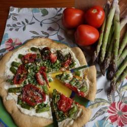 Asparagus-Pizza