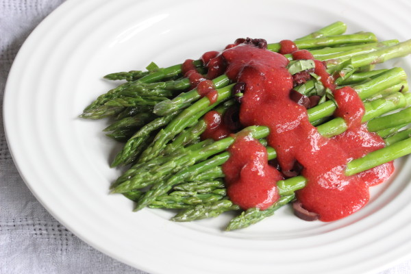 Asparagus with Crushed Olives and Strawberry Dressing