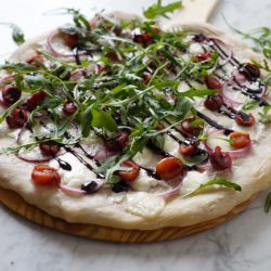 Cherry-Arugula-Pizza-1-small