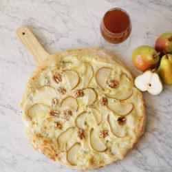 Pear-Gorgonzola-Pizza-1