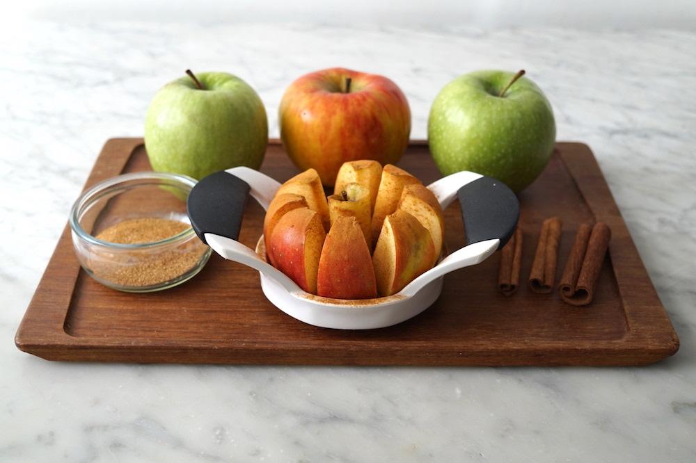 cinnamon-sugar apples